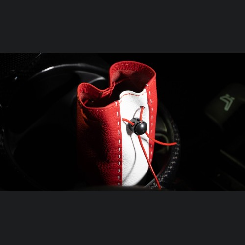 Pochette - Red Tuxedo