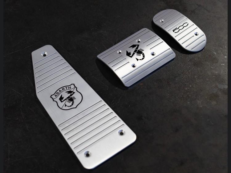 FIAT 500 Pedal Set + Footrest - ABARTH/ 500 Logos