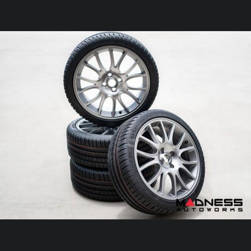 FIAT 500 ABARTH Tributo Ferrari Alloy Wheel/ Tire Crate Set