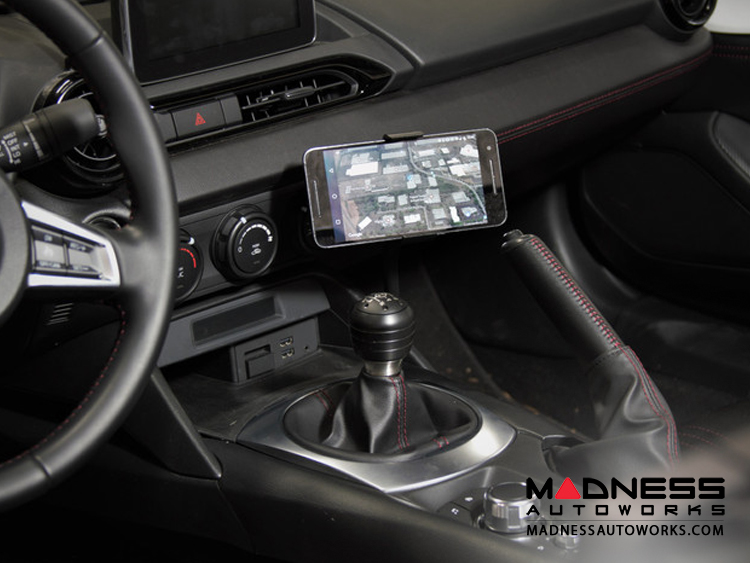 FIAT 124 Mobile Cradle for Cell Phones by CravenSpeed