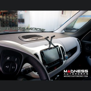 FIAT 500L Phone Mount - Dashboard Mount Style
