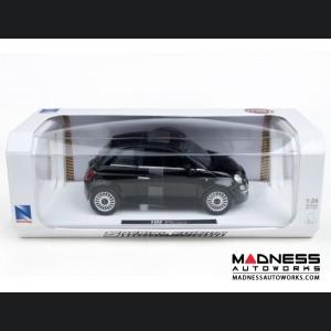 FIAT 500 Die Cast Model 1/28 Scale - Lounge - Black