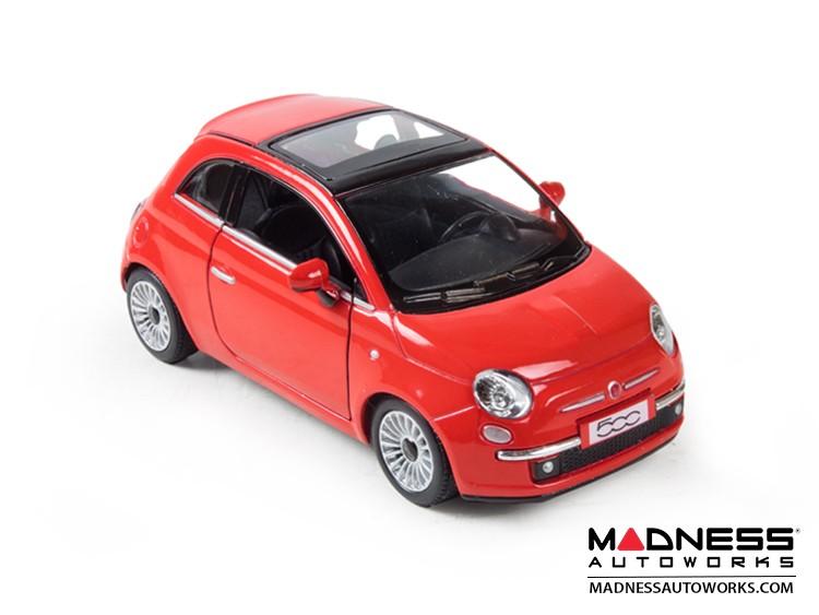 FIAT 500 Diecast Model 1/28 scale - Red - Kinsmart