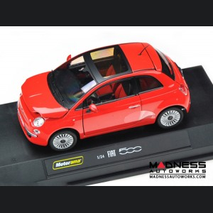 FIAT 500 Lounge - Die Cast Model - Red 1/24 scale by Motorama