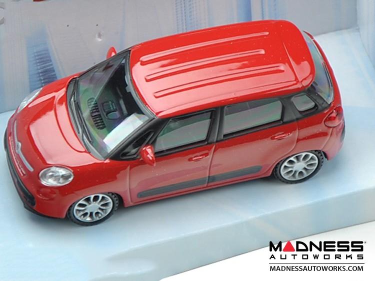 FIAT 500L Die Cast Model 1/43 scale- Red by Mondo Motors