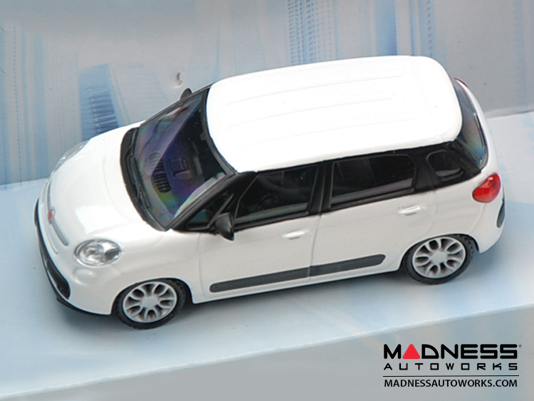 Fiat 500l Die Cast Model 1 43 Scale White By Mondo
