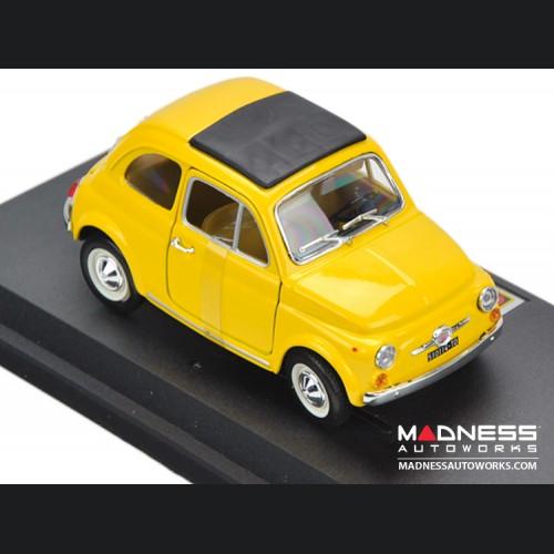 FIAT 500 F Classic Die Cast Model 1/24 Scale (Yellow) - Bijoux Collezione by Bburago