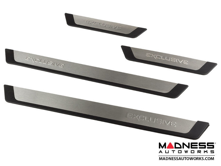 FIAT 500L Door Sills/ Kick Plates (4)   Stainless Steel W/ Black Rubber Trim  + EXCLUSIVE Logo