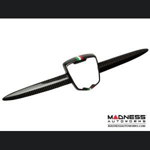 FIAT 500 ABARTH Front Emblem in Carbon Fiber - Italian Racing Stripe